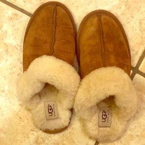 UGG Slip-on Slippers